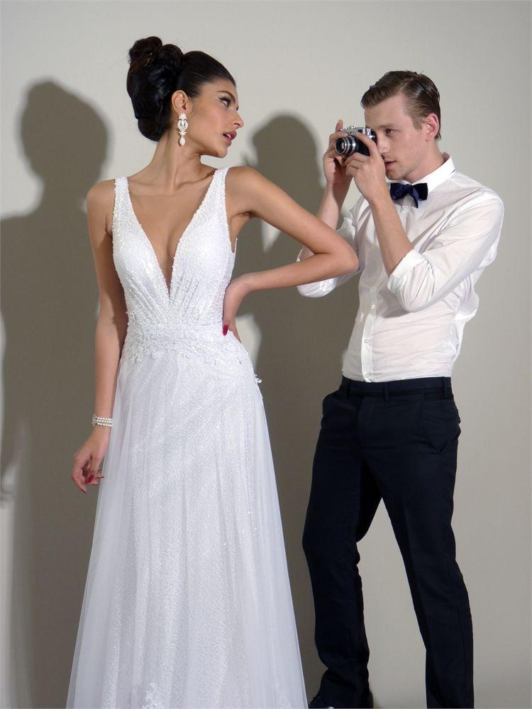 דוד חצבני 2013: שמלות כלה מרומזות 1