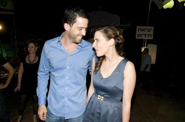 ענבל רביב 2013: שמלות כלה בהשראת יונית לוי 1